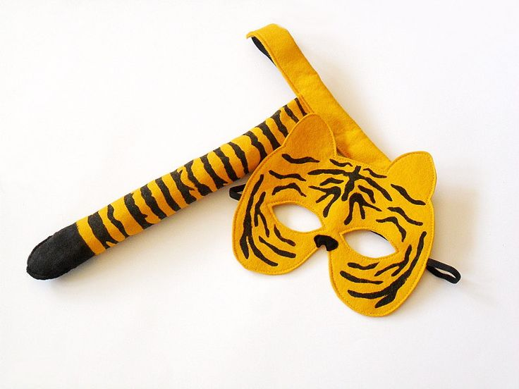 Tiger Costume, Mask and Tail Set, For Children Kids, Eco Friendly Carnival Animal Dress up Pretend Play Felt Toy Toddler. €23,00, via Etsy.