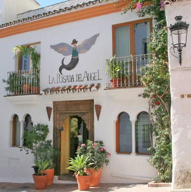 Kleine hotelletjes in Spanje. Persoonlijk en supergezellig. Dit is la Posada del Angel in het Andalusische Ojen. Vlak aan zee. Echt een sprookje. http://www.doscortados.eu/spanje/accommodatie/andalusie/Malaga/Kleinschalig-hotel/La-Posada-del-Angel/137