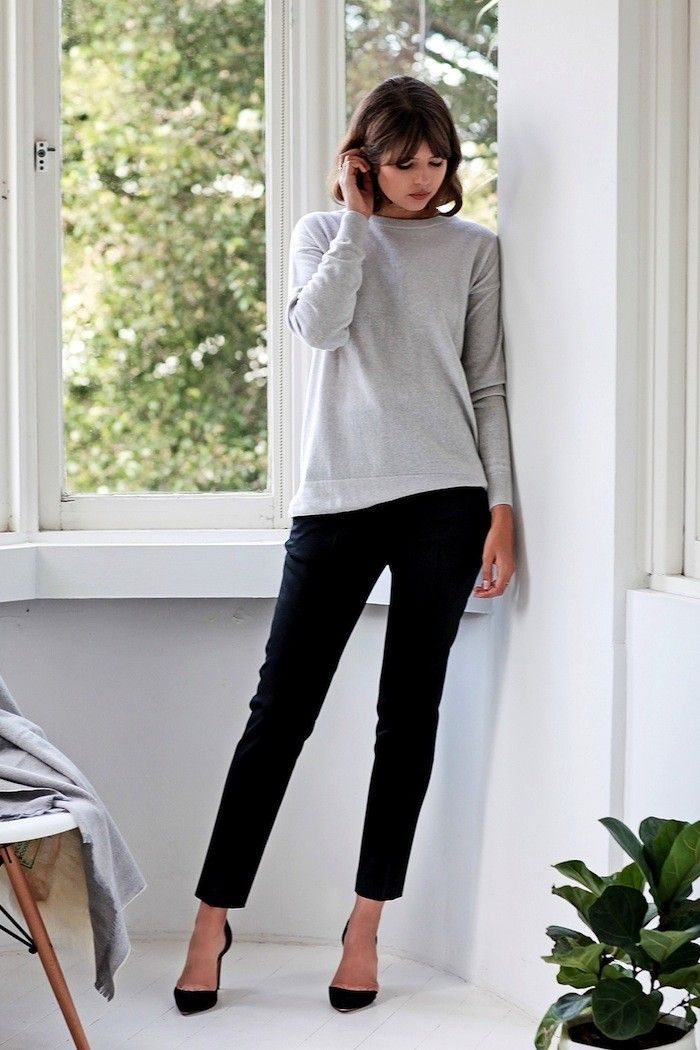 See How This Blogger Masters a Minimal-Chic Look for Work via @WhoWhatWear