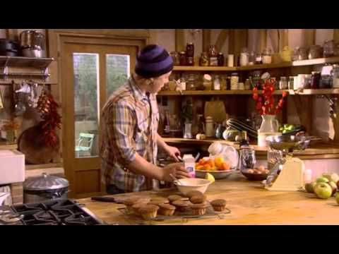 Episode of Jamie at Home - a couple of recipes for Pumpkin and Squash. there is a great pumpkin soup with parmesan crusted toast recipe at the end. YUM