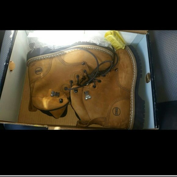 Brand new, in box steel toe shoes! Perfect and cute work shoes. Their safety shoes as well as steel toe.  These are women's size but look like they can be unisex.  Very similar to timberlands. Nike Shoes Athletic Shoes