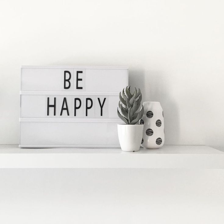 Al jouw favoriete quotes op deze toffe lichtbox. #HEMAwonen #DIY #lichtbox