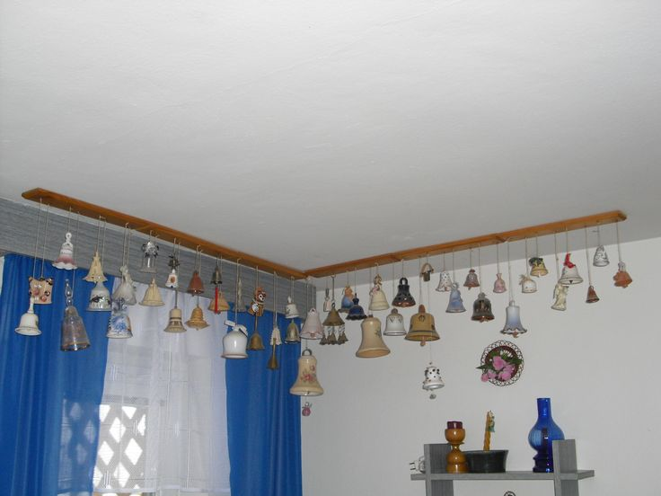 zavěšení zvonečků na strop