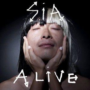 Sia fait sa rentrée avec un nouveau single, Alive, un titre co-signé par la chanteuse Adele. C'est d'ailleurs pour cette dernière que le titre a été écrit et composé. Il fait en tout cas office de premier single pour un album, This is Acting, dont on...