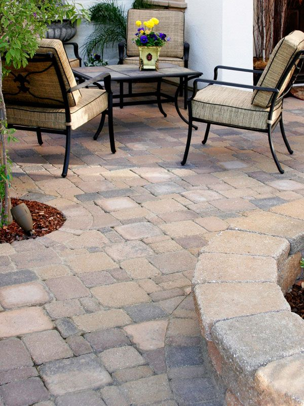 Patio Paving Stones Photos - Interlocking Paver Designs For Patios - System Pavers I like the raised edge around the garden for another place to sit.