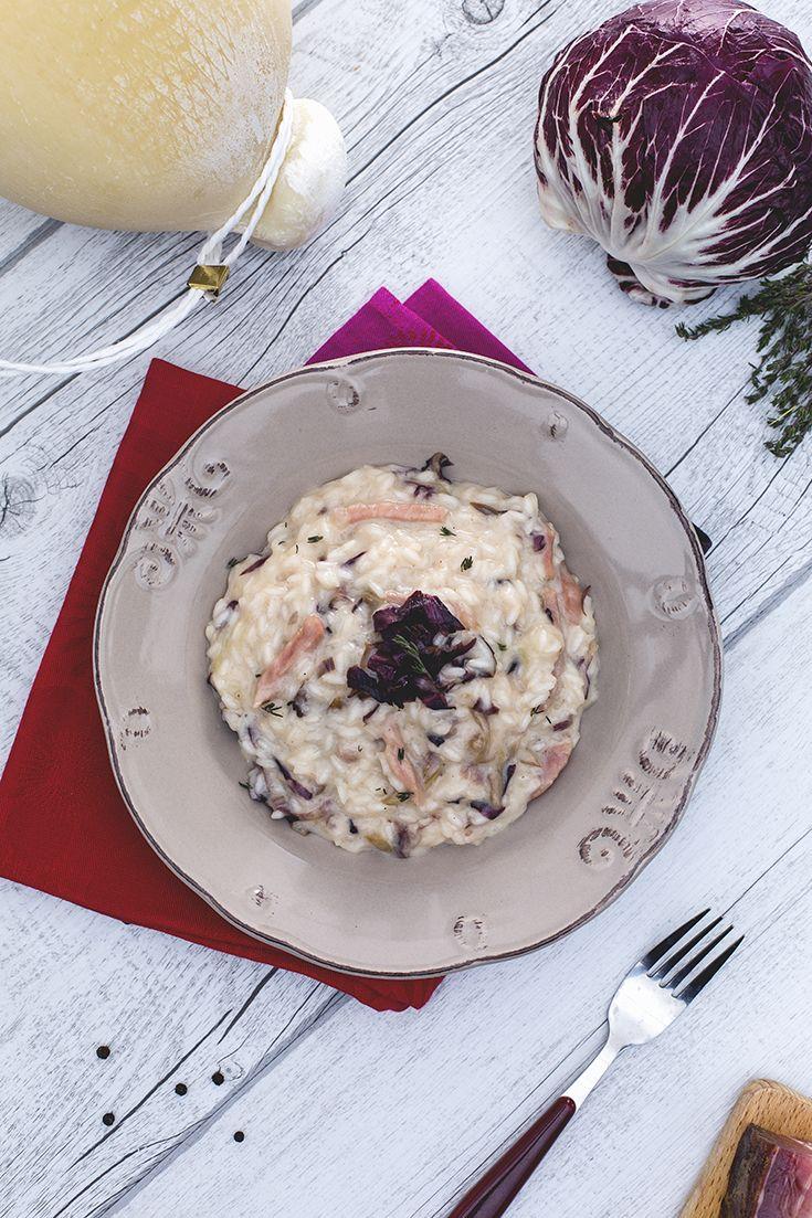 Il risotto è uno dei primi piatti più amati in #italia, che regala il meglio di sé in #autunno. Il #risotto #speck #radicchio e #caciocavallo è un vellutato insieme di sapori decisi, che uniti rendono il pasto un'esplosione di piacere! Il #formaggio trasforma ogni assaggio in un boccone filante e #cremoso...#ricetta #GialloZafferano #italianrisotto #autumnrisotto #autumnrecipe