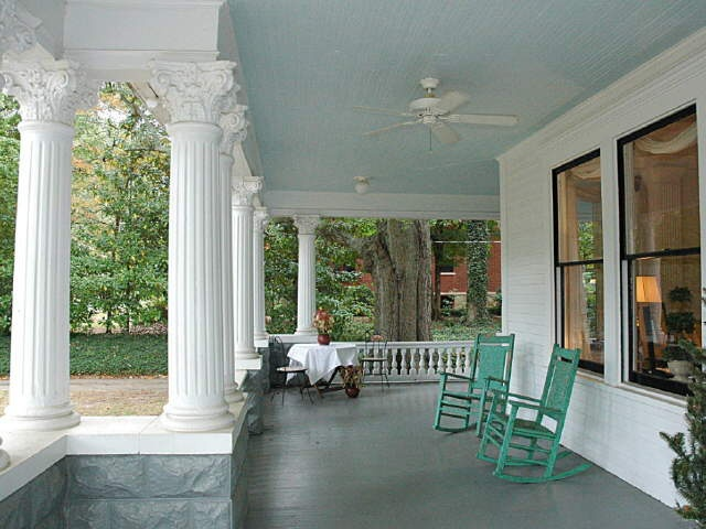 Love The Blue Ceiling Of This Southern Front Porch Patio Ideas