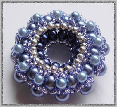 beaded donut pendant free pattern