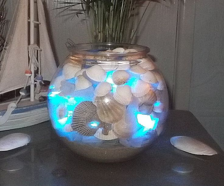 Create your own sea glass illuminated bowl in a matter of a couple of minutes. An optical illusion to admire in your home.