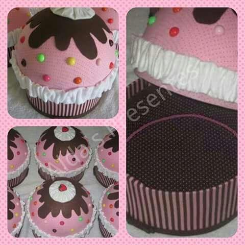 Caixa cupcake para centro de mesa em festas.