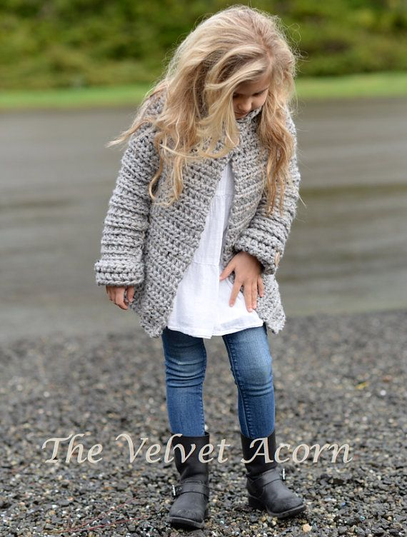 Suéter del ganchillo de punto PATTERN-The 2 3/4 por Thevelvetacorn
