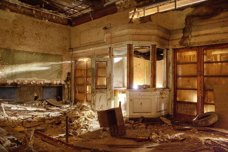 Palace Theater - Gary, Indiana: a City's Ruins
