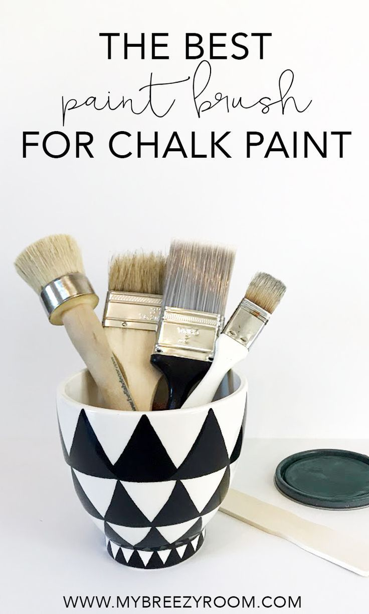 The Best Paint Brush for Chalk Paint: A Chip Brush | My Breezy Room #chalkpaint #paintedfurniture #paintingfurniture #howtopaintfurniture #paintbrush #bestpaintbrush