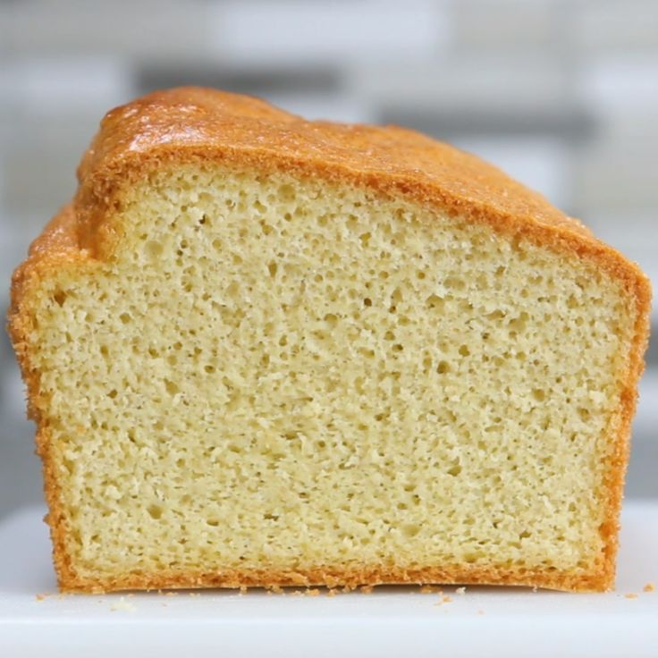 Low-Carb Bread // #lowcarb #healthy #bread