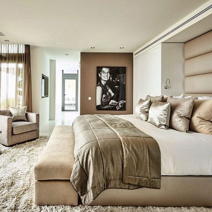 Eric Kuster bedroom