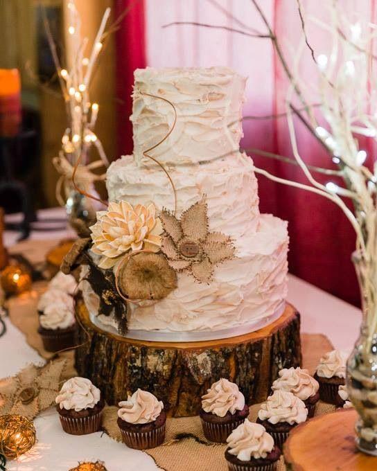 Parents rustic anniversary cake