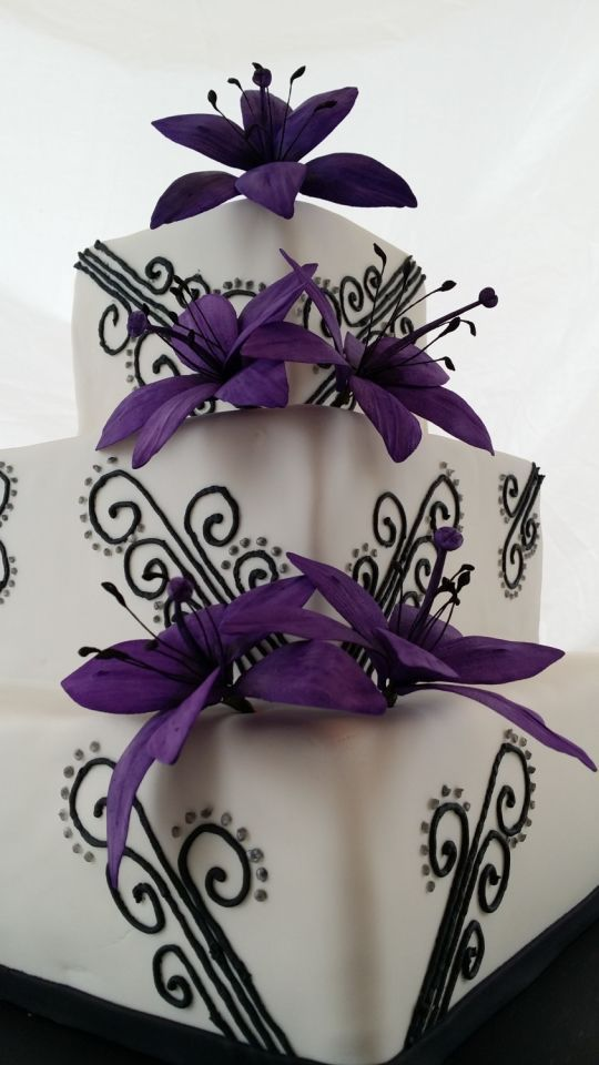 White Purple Wedding Cakes
