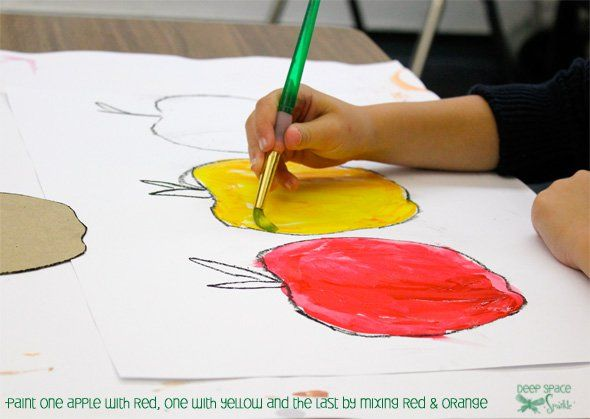Try this cute apple drawing project with your kids then experiment with colors to paint your apples.