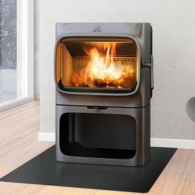 De norske stjernedesignerne Andersen & Voll har med Jøtul F 305-serien skapt et stilrent produkt med tidløst design gir et godt innsyn til flammene. Serien er brukervennlige peisovner som vektlegger funksjonalitet og varmeegenskaper. Det store brennkammeret har god plass til ved, det er lett å tenne opp og forbrenningen er optimal. Jøtul F 305-serien har to modeller.