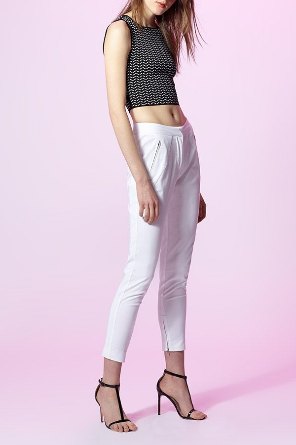 214a683674bc1f Crop top and trousers for the win from Ohne Titel!