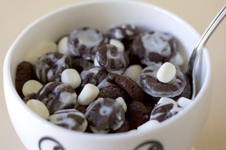 How to Make Homemade Oreo O's Cereal, Because Childhood