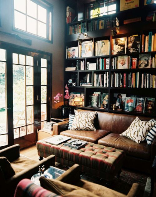 I love this room. I want to live in it.: Bookshelves, Idea, Living Rooms, Home Libraries, Leather Couch, Dreams, House, Bookca, Reading Rooms