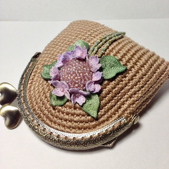 Beige crochet coin purse with crocheted and hand от LozArts