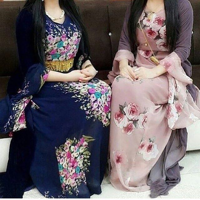 These Kurdish Dresses with the Flower Details are very beautiful.