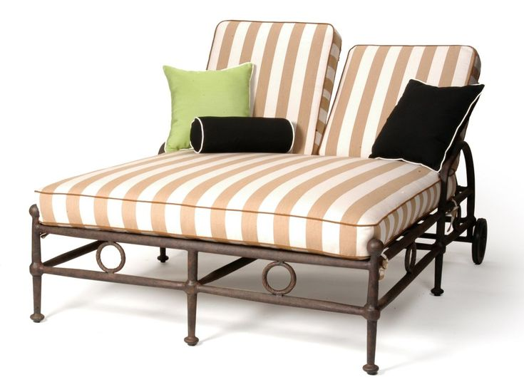 Double chaise lounge and cushions for the home Chaise longue double a bascule