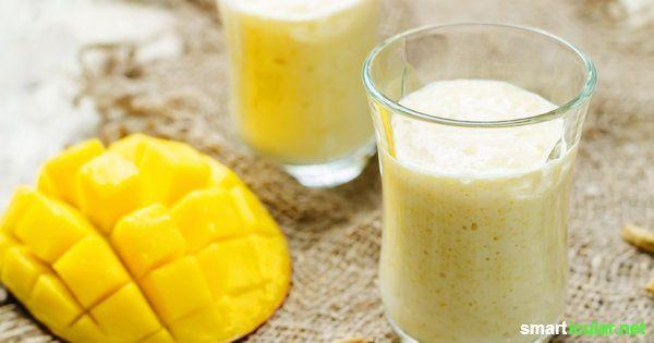 Das brauchst du für zwei Gläser Mango-Lassi: Fruchtfleisch einer Mango, geschält und gewürfelt 300 g Joghurt 150 ml Flüssigkeit, Milch oder Wasser (keimfrei aus der Flasche oder abgekocht) einen Schuss Agavendicksaft, Honig oder Ahornsirup zum Süßen je nach Geschmack eine Prise gemahlenen Kardamom und ein Blatt Minze zum Anrichten  Quelle: http://www.smarticular.net/rezept-mango-lassi-einfach-zubereiten/ Copyright © smarticular.net