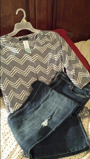 Stitch Fix #1 - LOVE! Pics like the top and the jeans
