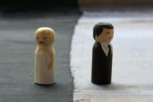 marriage-in-crisis-2