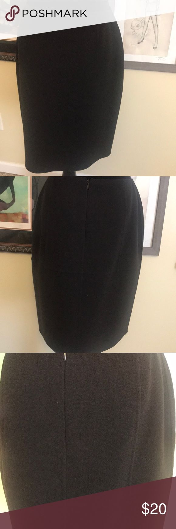 Anne Klein Petite Pencil Skirt Dark chocolate brown wool skirt with beautiful pattern built in. Size 8 Petite. Anne Klein Skirts Pencil