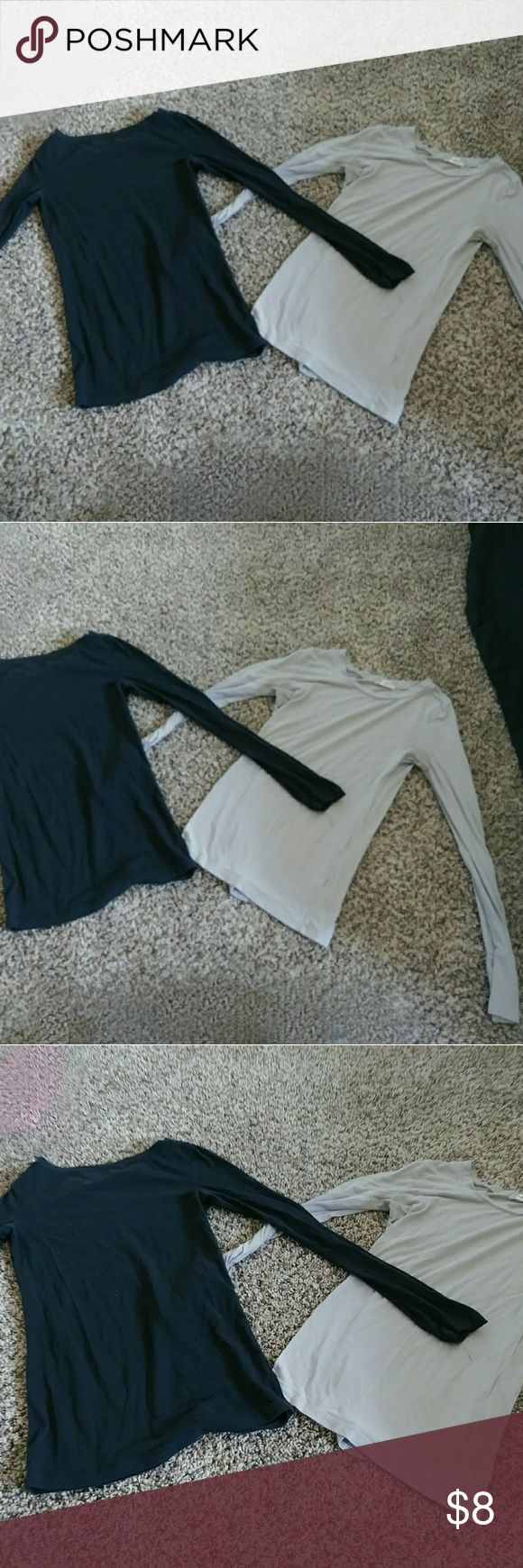 """2"" Basic Round Long sleeve Tops Colors: Navy Blue & Nude, Sizes: S (USED) Clean & 👍 Tops Tees - Long Sleeve"