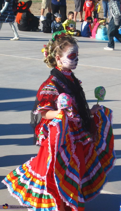 catrina costumes         | Delilah in Costume walk. La Catrina - Homemade costumes for girls
