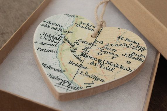 Vintage Mecca Hajj Umrah map wooden heart  Islamic by QalbiArt