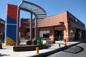 Mexico City Shopping Center Sold By Hines to Local REIT