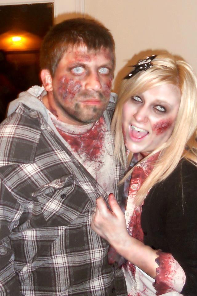 Zombie couple costume for Halloween! :) my diy zombie makeup!
