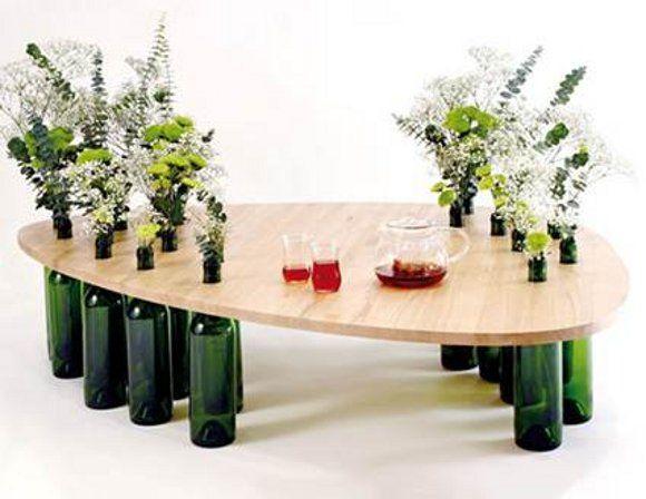 Hazlo tú mismo: Mesa con patas de botella  Posteado por MisterMNH en 23 jul 2013 / 1 Comentario [Pin It]   Como hemos hablado anterior...