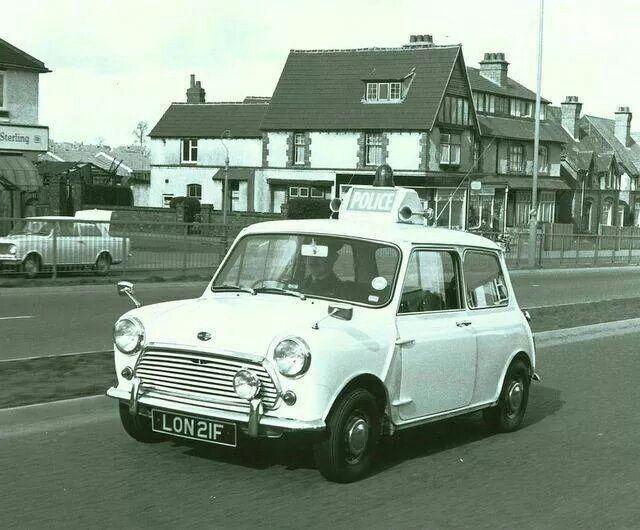 Best Classic Mini Images On Pinterest Classic Mini Mini