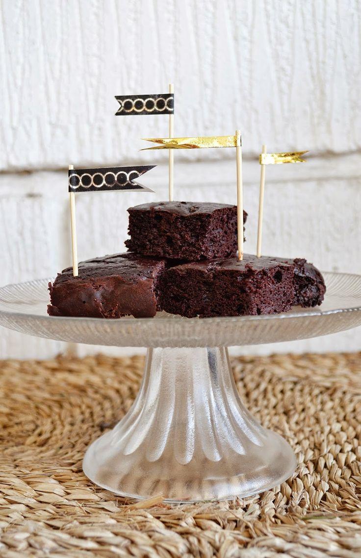 Pink Princess Bakings: Syndig Chokoladekage (u. raffineret sukker, gluten og mælk)
