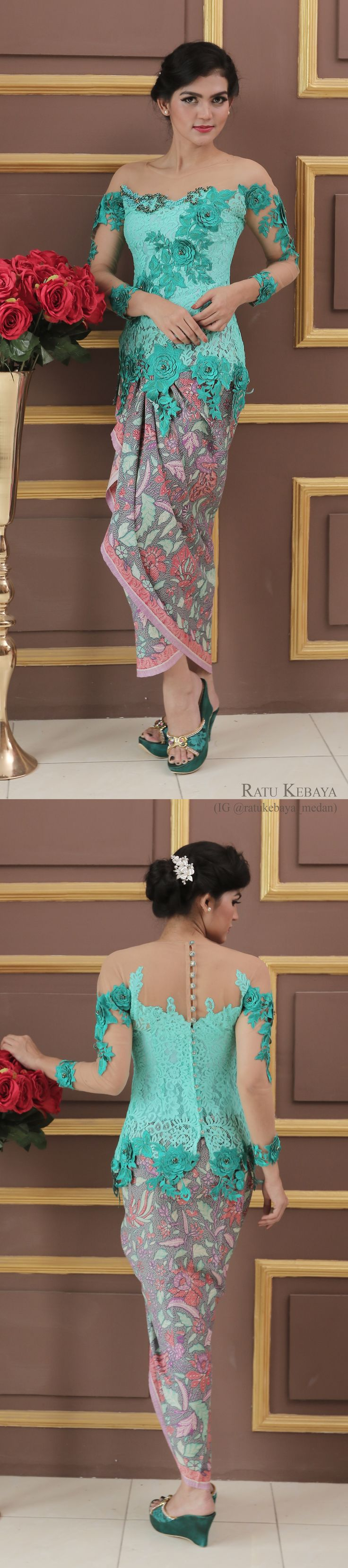 Kebaya hijau tosca dengan rok lilit batik senada (IG @ratukebaya_medan)