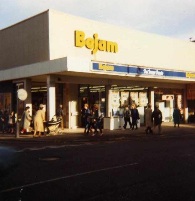 Bejam. Taken over by Tesco in 1989.