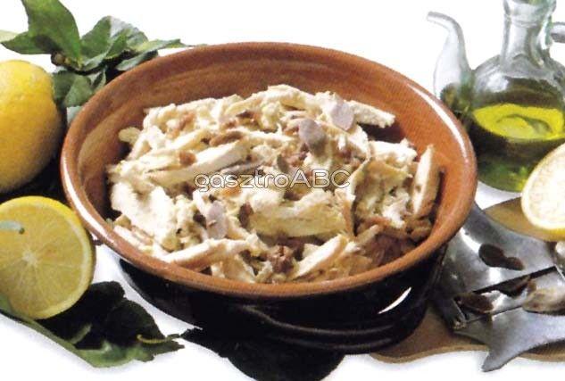 Főttcsirkemell-saláta | Receptek