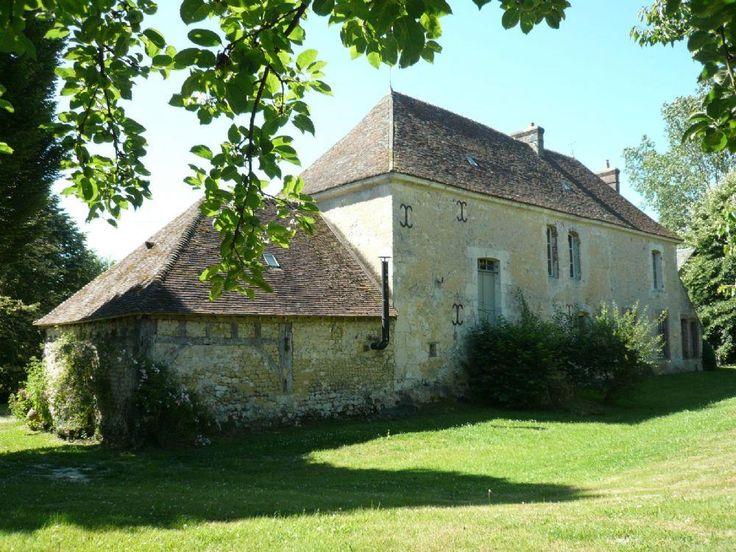Vente Maison Tourouvre - Ancien prieuré du 17e sur 1,9 ha en vente région Mortagne-au-Perche
