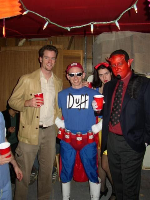 DIY Tutorial: DIY Men Halloween Costumes / Duffman Costume DIY - Bead&Cord
