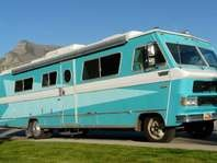 Motorhome for sale.  If I had an extra 9K I'd go get this TODAY!