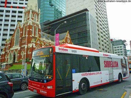 Der kostenlose Loop Bus fährt die wichtigsten Highlights der Innenstadt (CBD) von Brisbane an.