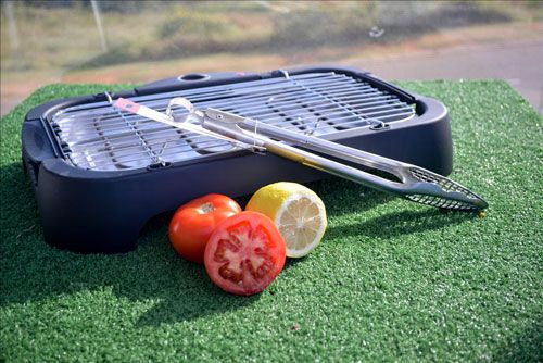 Classic Grill Gift Set Getting dad a gift for Father's Day is easy and quick with Awesome Gift on the Go. This classic grill gift set is affordable and durable enough for dad to take along on his next camping trip.
