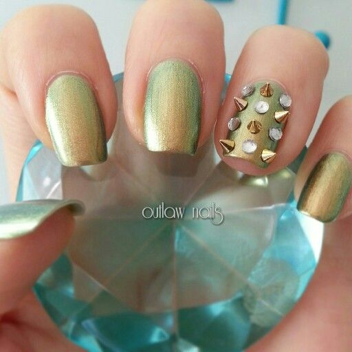 Spiked nails